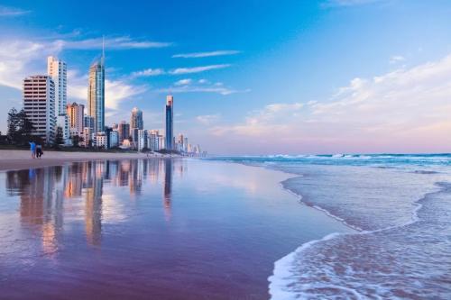 买家花700万美元购买黄金海岸四层度假屋
