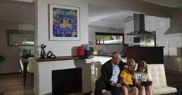 Ric Throssel的Ainslie Retreat更新了家庭生活